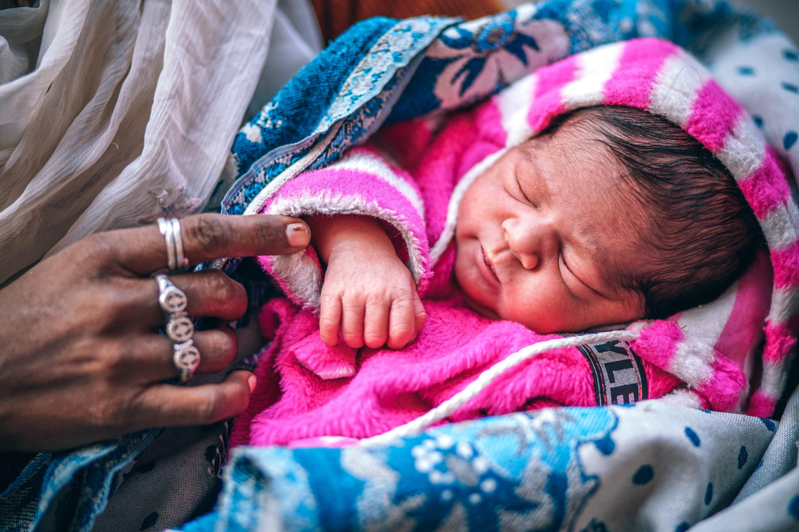 Kiné bébé bordeaux quinconces mathilde elind plagiocéphalie